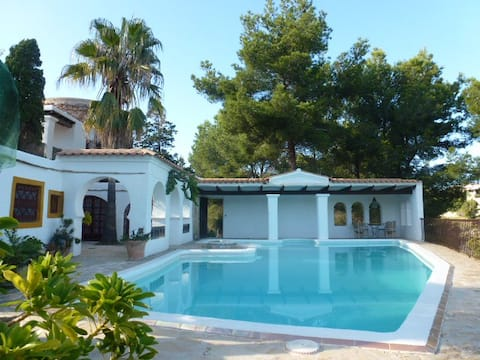 Ibiza north - nature, beauty, calm (Unit 1)