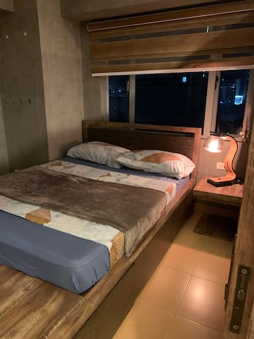 The bedroom at night.