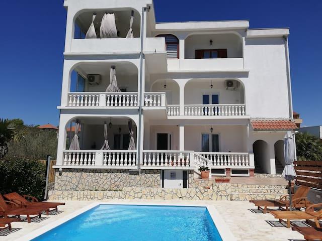 Luxury three bedroom Apartment Natura with pool