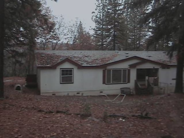 Secluded, Spacious Mountain Home on 40 acres.