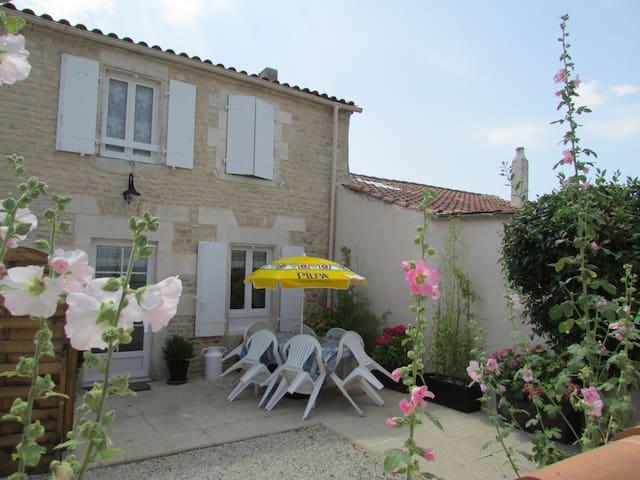 Maison de vacances La rochelle gite trois etoiles - Sainte-Soulle - Haus