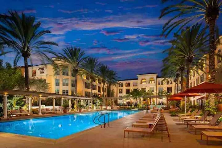 Irvine Spectrum | The Village | Pool & Spa