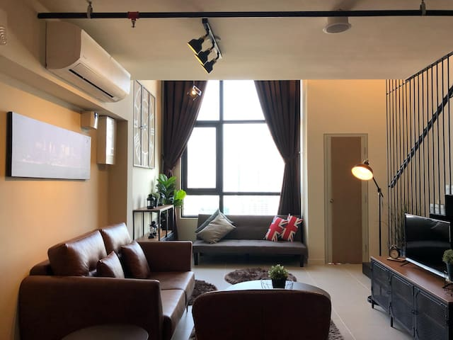 Designer Duplex Suite - Aurelia @ Tamarind Suites