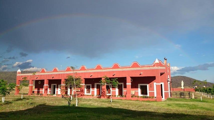 Hotel Santa Clara de Montefalco - Cuautla - House