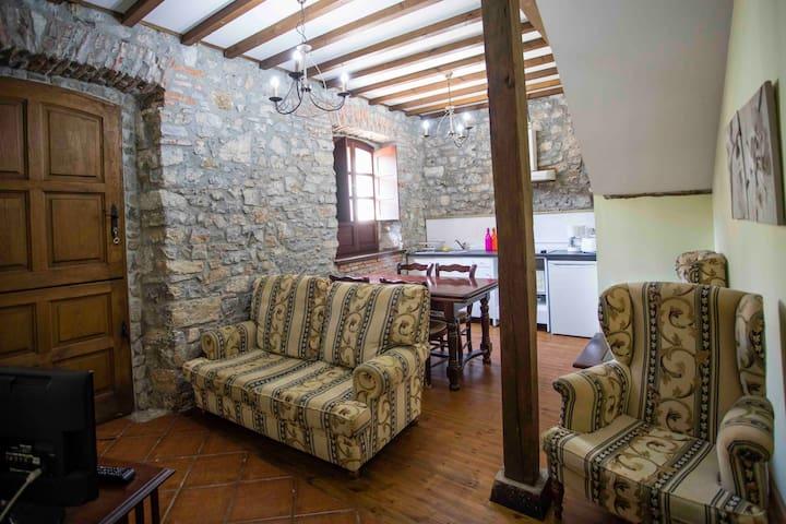 Apartamento para 4 personas, casa rural la Boleta - Puertas de Vidiago - Byt