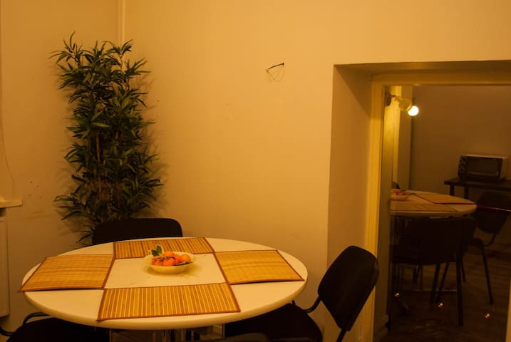 Комната в уютном мини отеле - Sankt-Peterburg - Bed & Breakfast