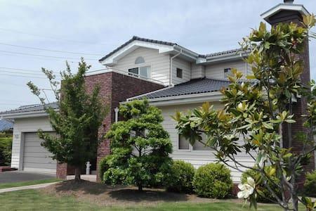 American style house in Ibaraki - Hitachiōta-shi