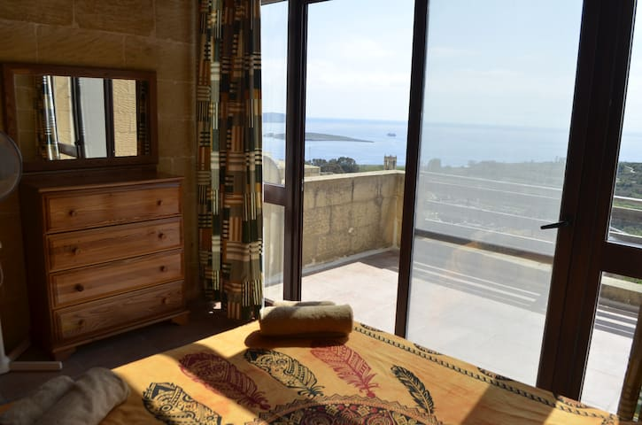 Beautiful Top Suite with Sea Views Farmhouse Gozo - Il-Qala - Talo