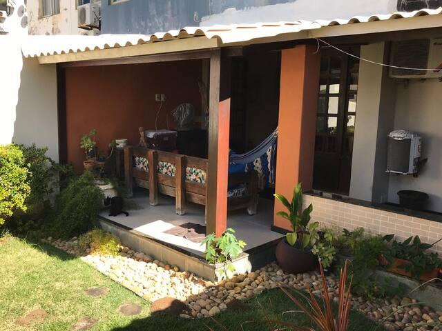 Casa Apartamento com Jardim em Salvador-BA