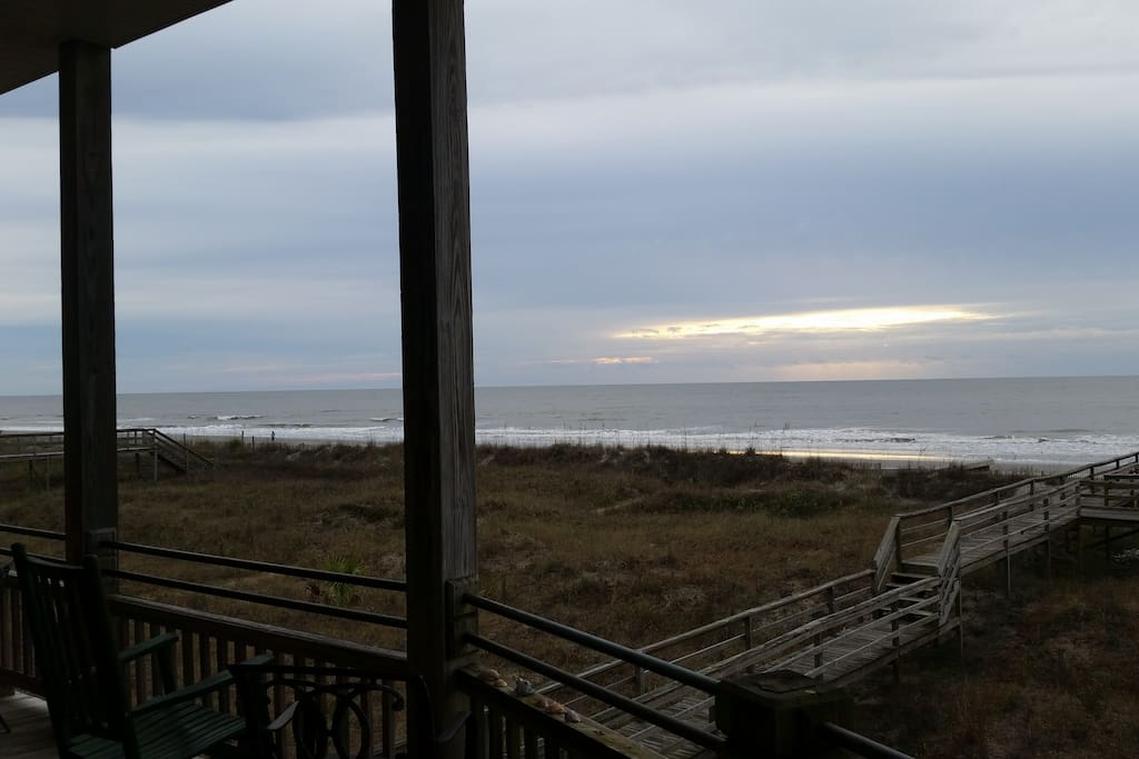 the surely house heaven at the edge of america houses for rent in folly beach south. Black Bedroom Furniture Sets. Home Design Ideas