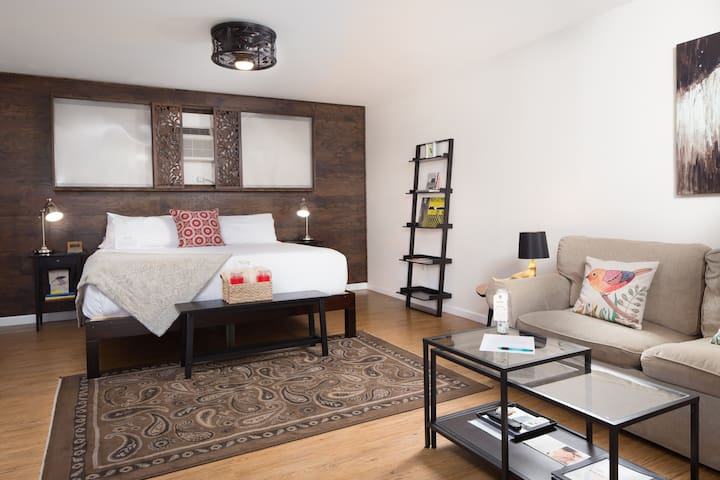 Pet Friendly Accommodations in Wimberley Texas