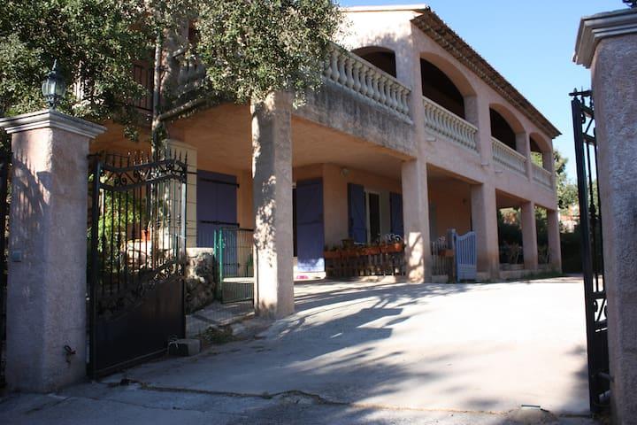 Villa provençale avec piscine - Montfort-sur-Argens - 獨棟