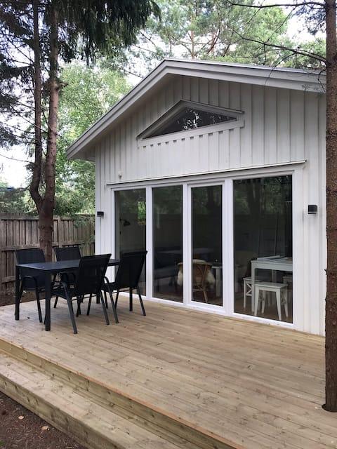 Private cabin close to the beach