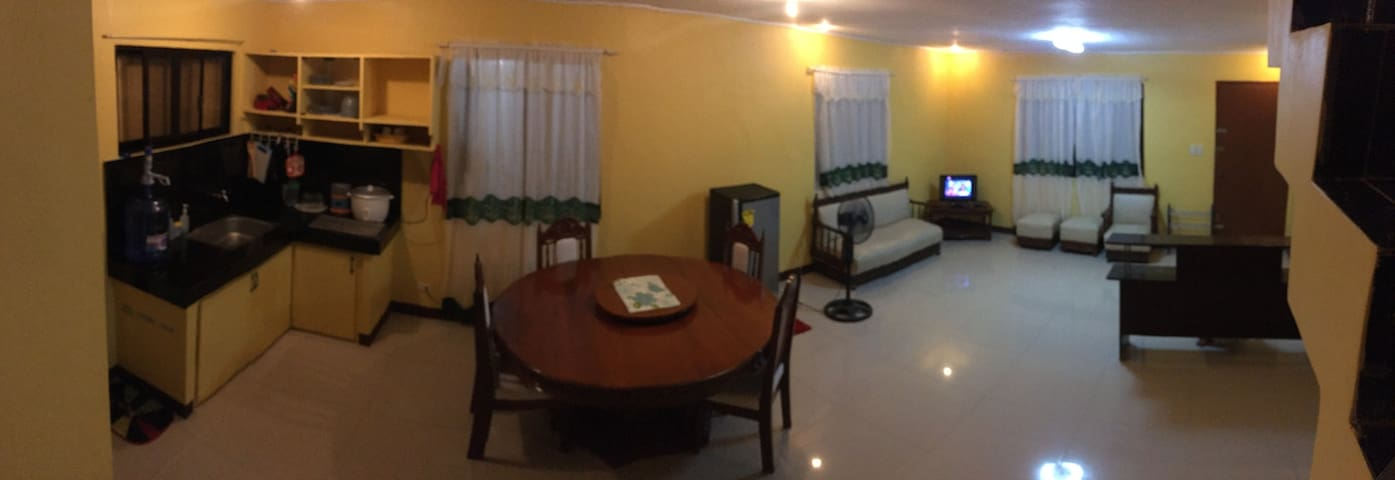 Pines Mansion-3 bedrooms,3 beds,5 floor mattresses