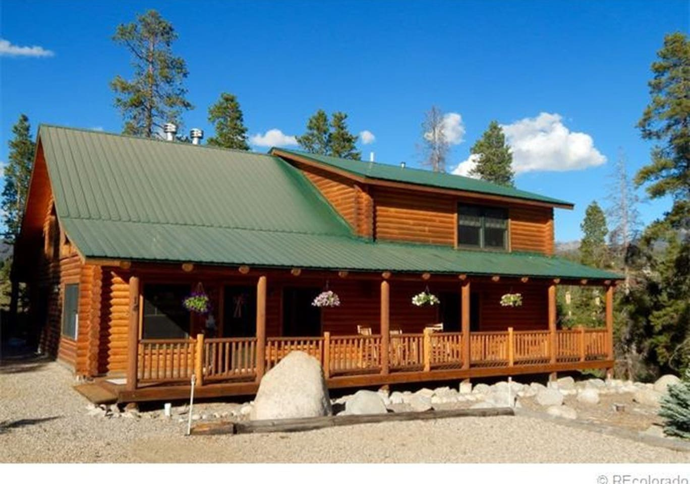 Front of mountain chalet