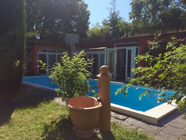 BASELWORLD# Lovely bungalow close to Messe Basel! - Riehen - Bungaló