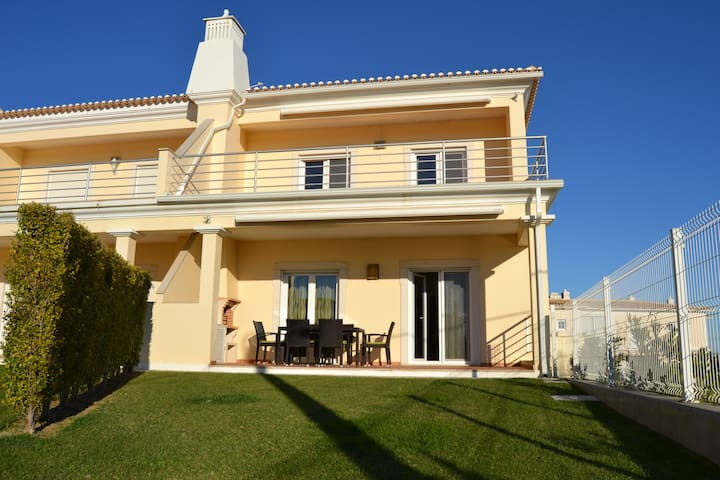 Modern, ruim, centraal gelegen - Albufeira - Dom