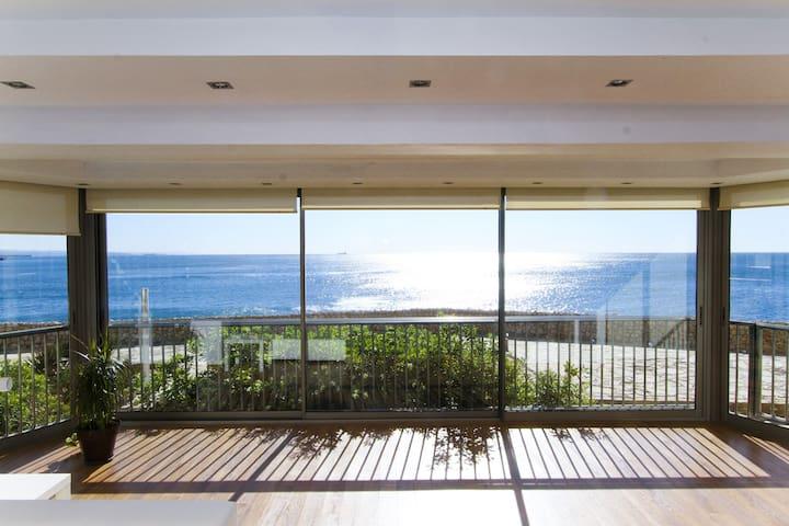 FALCONERA Apartamento con fantástica vista al mar