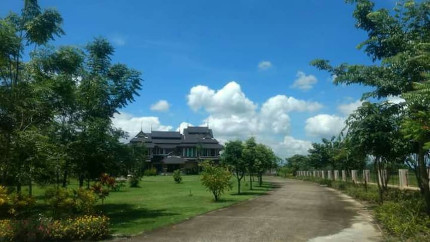 Khum cea nang - ตำบล สำราญราษฎร์ - Huis