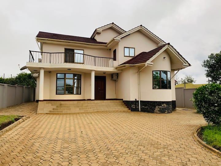 Cozy in Njiro Arusha