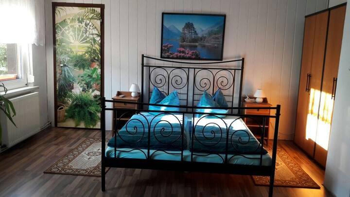 Ferienwohnung/Zimmervermietung- Wohnung oben