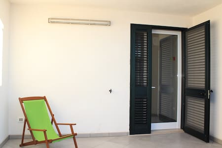 Nice Apartment in Torre dell'orso - Torre Dell'orso - Şehir evi