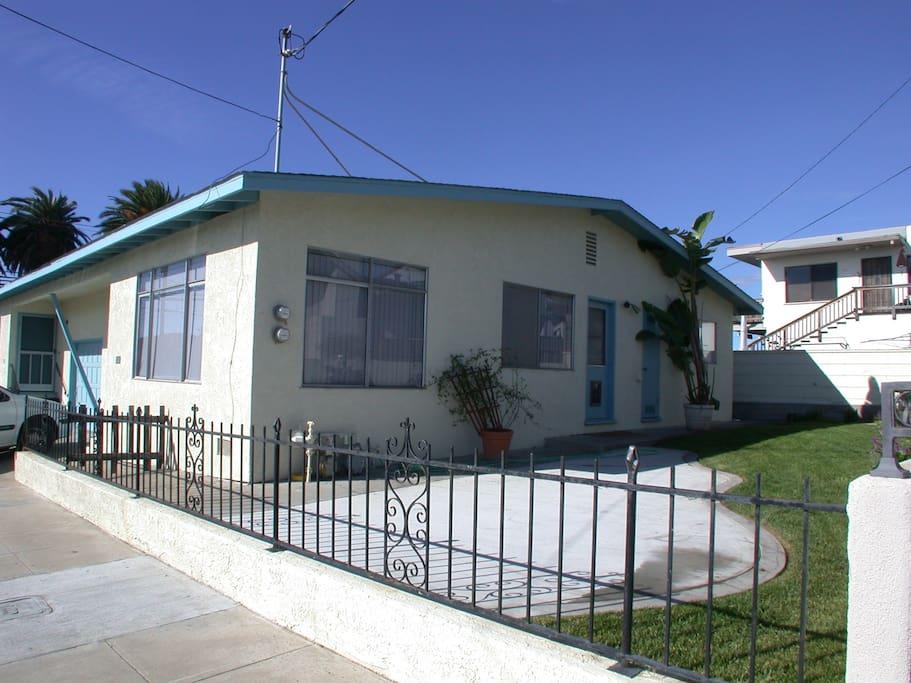 331 San Luis-Private Yard