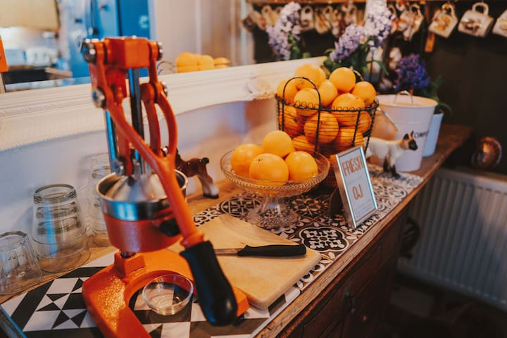 Fresh hand pressed breakfast OJ
