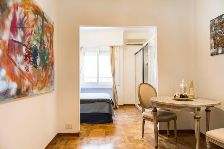 Spacious Studio in Recoleta for 2 people