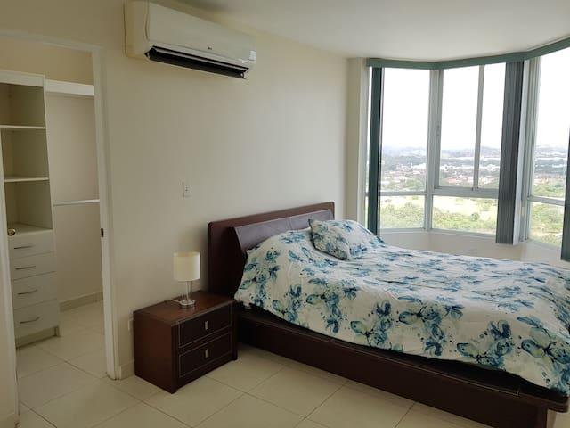 Hermosa habitación / Beautifull room