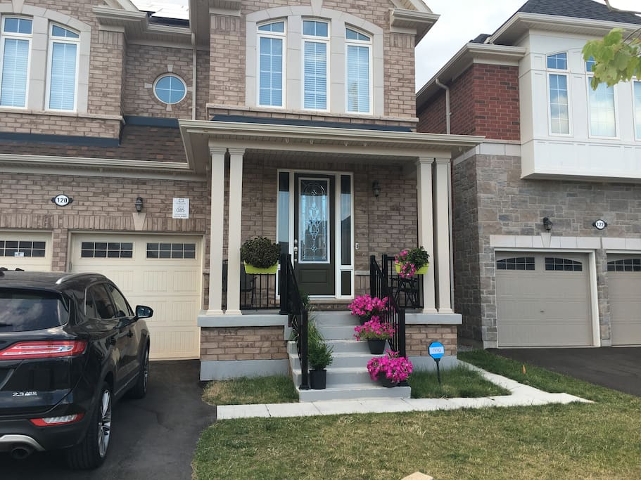 Fully Furnished Luxury 2 Bedroom Bsmt Apartment Flats For Rent In Brampton Ontario Canada