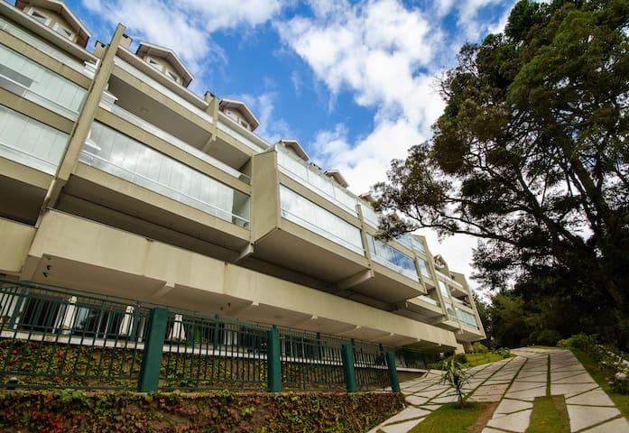 Gaudi Loft Design 06