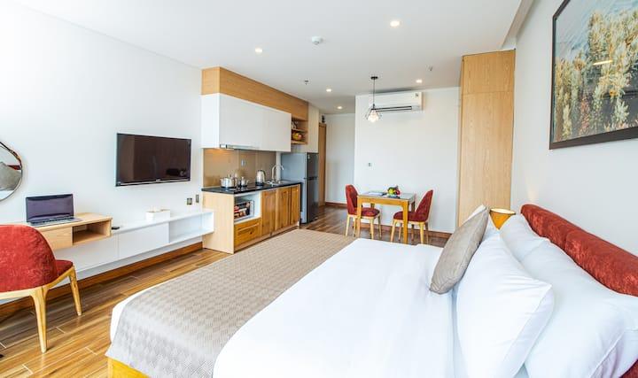 H-SUITES ✯ Modern Studio with Rooftop pool ✯ 35spm