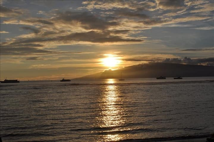 LAHAINA SHORES # 125 , OCEAN VIEW GREAT LOCATION