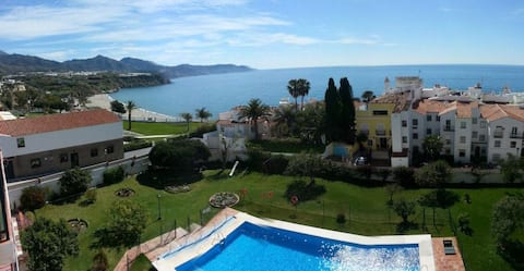 Nice apartment, big garden pool and see view n22