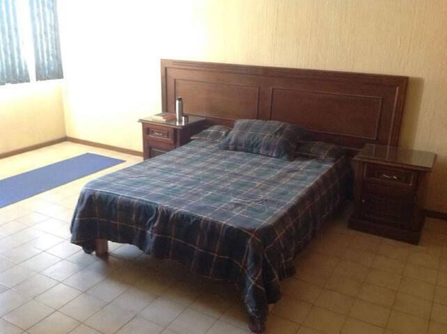 2 habitaciones/1 baño a 5 min Zona Ind GP GRUPOS