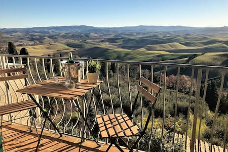 18th Century Penthouse in the heart of Tuscany - Lajatico