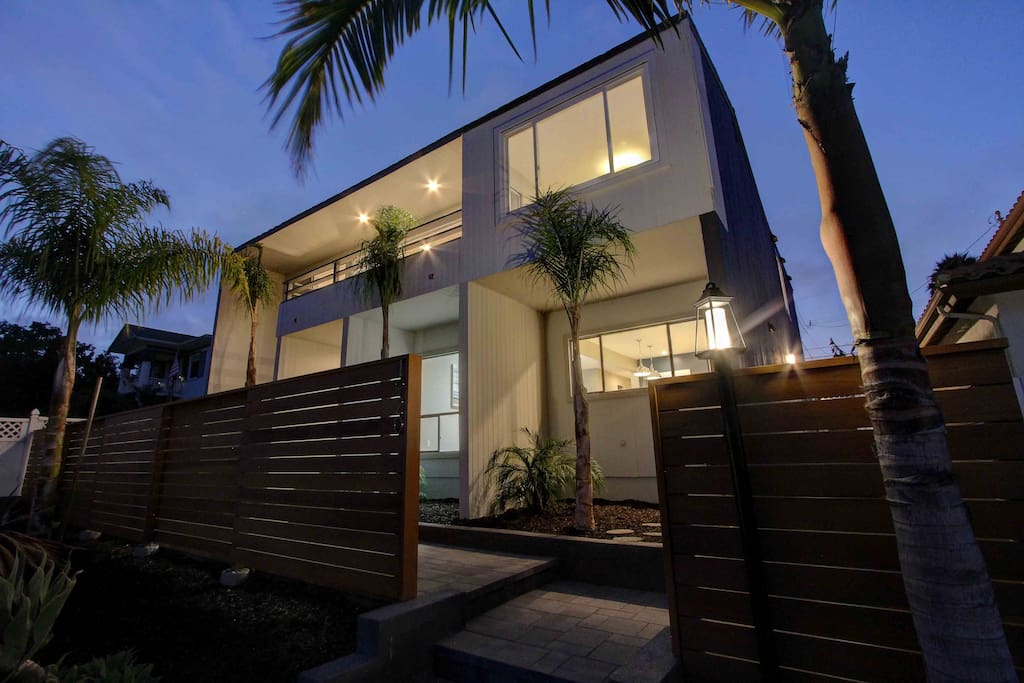 Luxury Stand Alone Home In Pacific Beach Houses For Rent