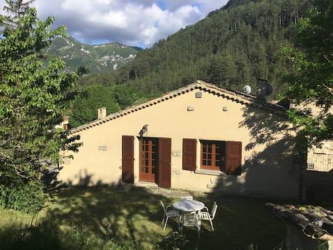 Maison familiale au cœur d'un hameau