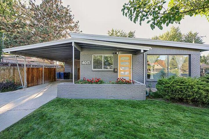 Mid Century Modern Home 1 bed and 1 bath