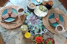 Frühstück bei Karl-Heinz auf Wunsch/auf Spendenbasis Breakfast by Karl-Heinz by request/on a donation basis