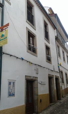 Rua Mousinho Magro 49