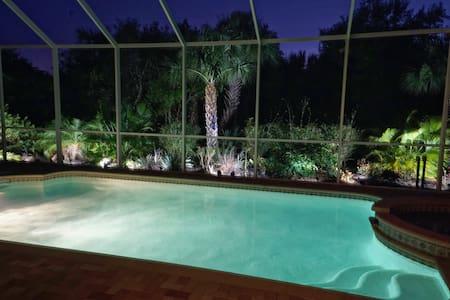 Luxury Home, w/ Pool, Spa, Lanai - Punta Gorda