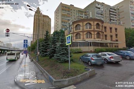 Комната 13 кв.м.в кв (м.Славянский б-р,Молодежная) - Moskva