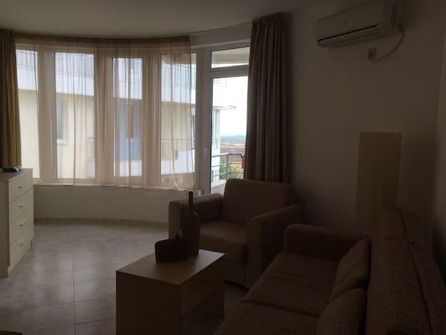 Sunset Apartments near Sunny Beach (Kosharitsa) - Sunny Beach - Apartmen