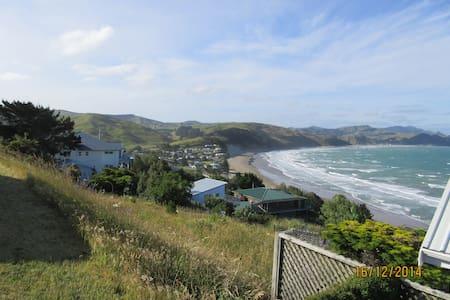 180 deg views of the ocean + rural - Castlepoint - B&B/民宿/ペンション