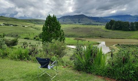 Estate living in Drakensberg @ Inkungu Lodge.