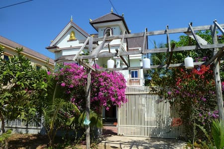 Otres Mansion Holiday Home Rental - sihanoukville - House