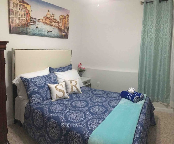 Private Bedroom 2/3 in First Floor (Female only)
