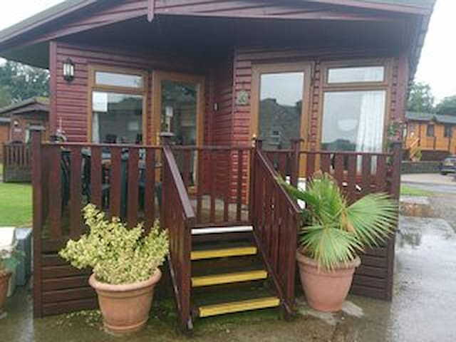 5 star facilities, 2 Arnside, Southlakeland